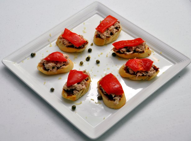 Tuna Crostini
