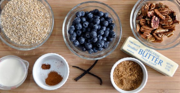Slow Cooker Blueberries and Cream Steel Cut Oatmeal Ingredients