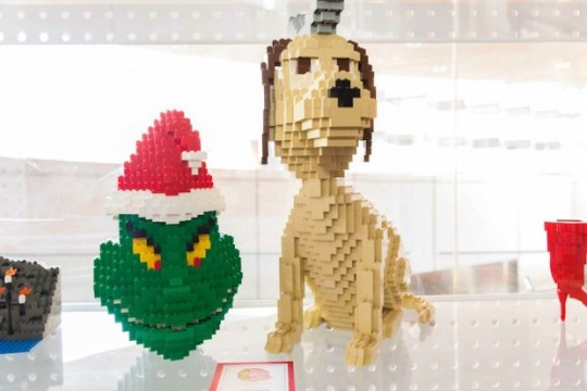 DR. SEUSS' HOW THE GRINCH STOLE CHRISTMAS! THE MUSICAL LEGO exhibit