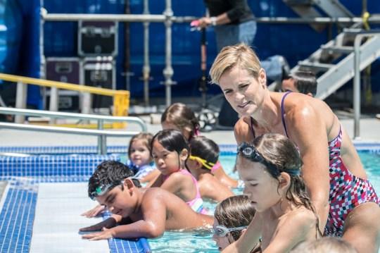 Dara Torres Teaching Swim