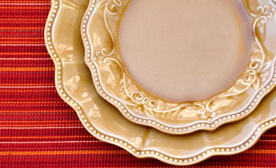Pioneer Woman Paige Dinnerware Set