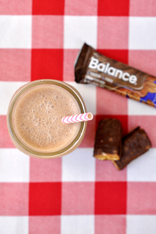 Dark Chocolate Banana Post-Workout Shake