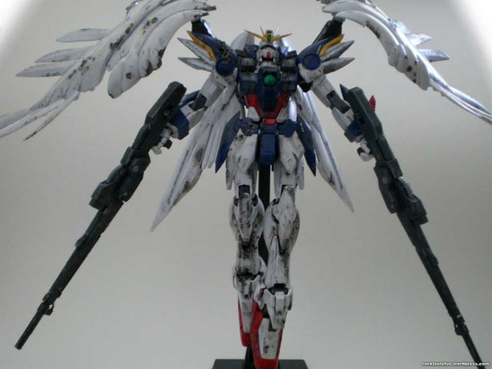 MG Wing Zero Custom WIP 06 -Damaged Wings + Test Shoot- (4/6)