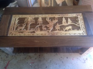 deer scene coffee table