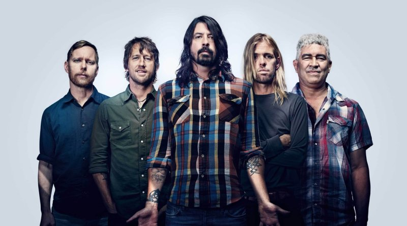 « Concrete and Gold » de Foo Fighters : Led Zed feat Beatles feat Pink Floyd feat…