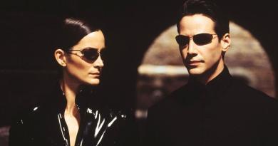 Keanu Reeves et Carrie-Anne Moss de retour pour un Matrix 4