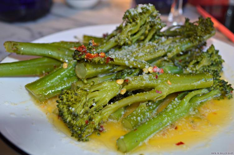 THIS might have captured my foodie heart for the meal - Broccolini which is steamed brocoli, chilli flakes and garlic with Gran Milano cheese... Could eat this and this alone as my meal I assure you!