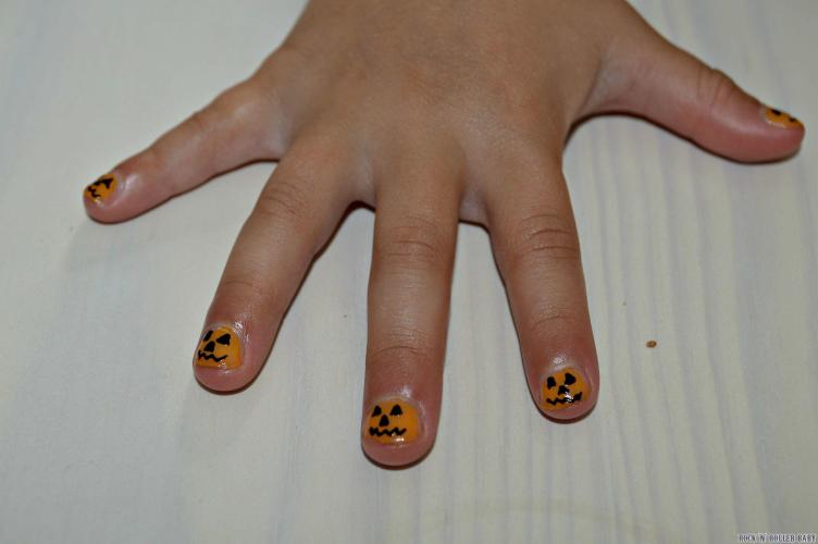 Florence's Halloween nails!