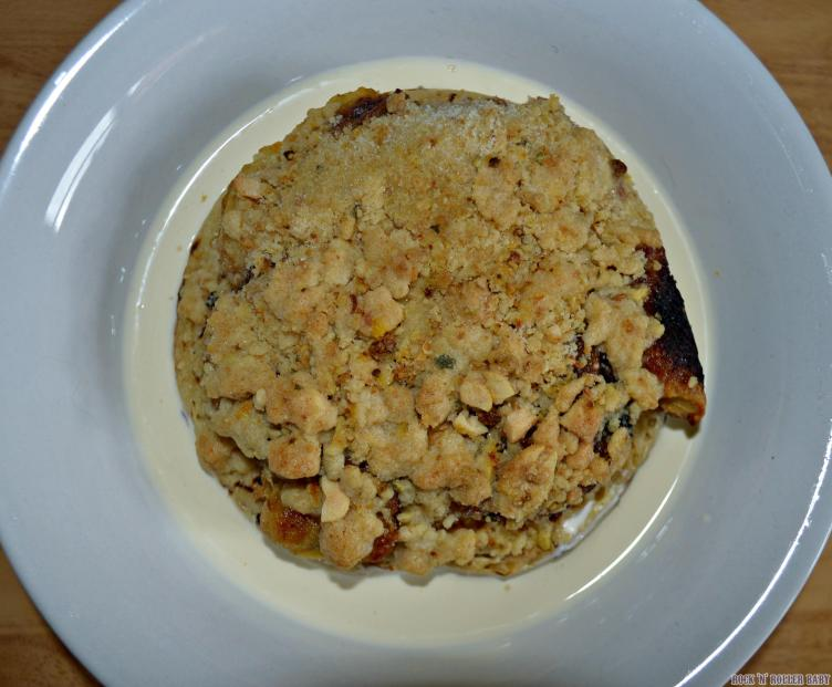 A giant crumper made into my caramelised banana crumpet crumble and custard! You know how it is... For those days when you want to keep the calories down... (Urrr, ok then!)