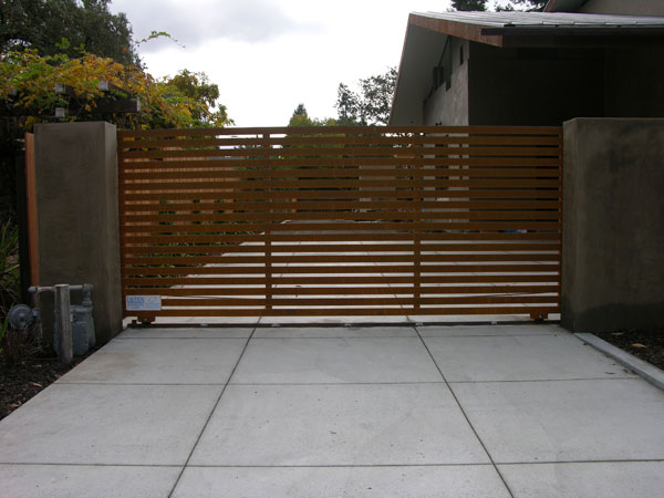 Plans For A Wooden Driveway Gate Plans DIY How To Make
