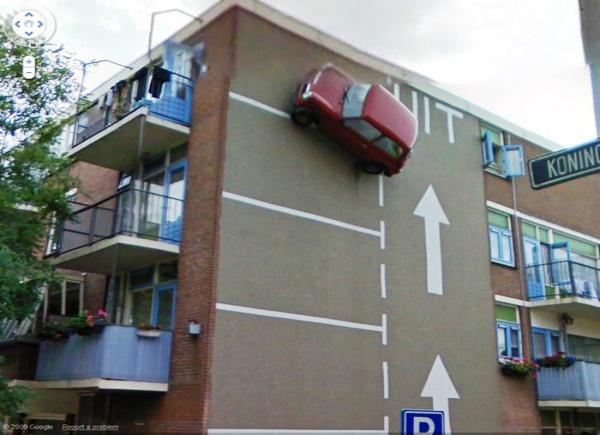 Carro na parede