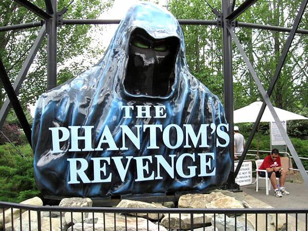 top-16-montanhas-russas-velozes_13-phantoms-revenge-1