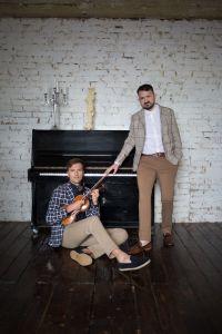 rockoko_epk-photos_smart-casual_piano