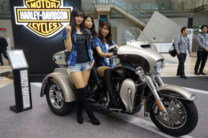 Gadis-gadis Jepang di Tokyo Motor Show 2017