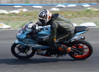 tim balap motor jurnalis