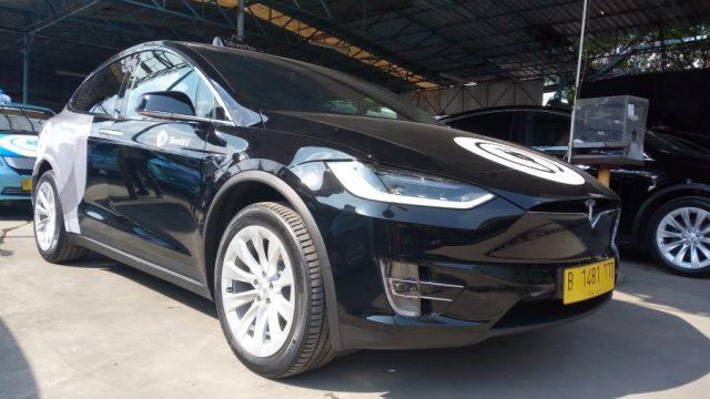 Tesla jadi taksi