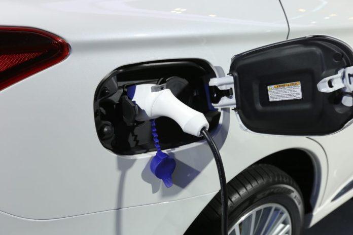 tarif charger mobil listrik