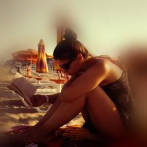 biblioteca de pe plaja din Albena