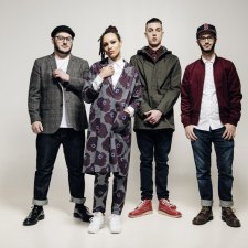 INTERVIEW: THE SKINTS