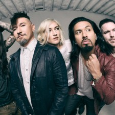 LIVE SHOW REVIEW:  POP EVIL