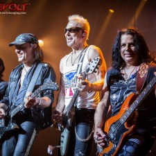 LIVE PICS AND REVIEW: SCORPIONS AND QUEENSRYCHE