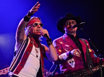 Big Amp Rich Give A Resonant Performance Rock Show Critique