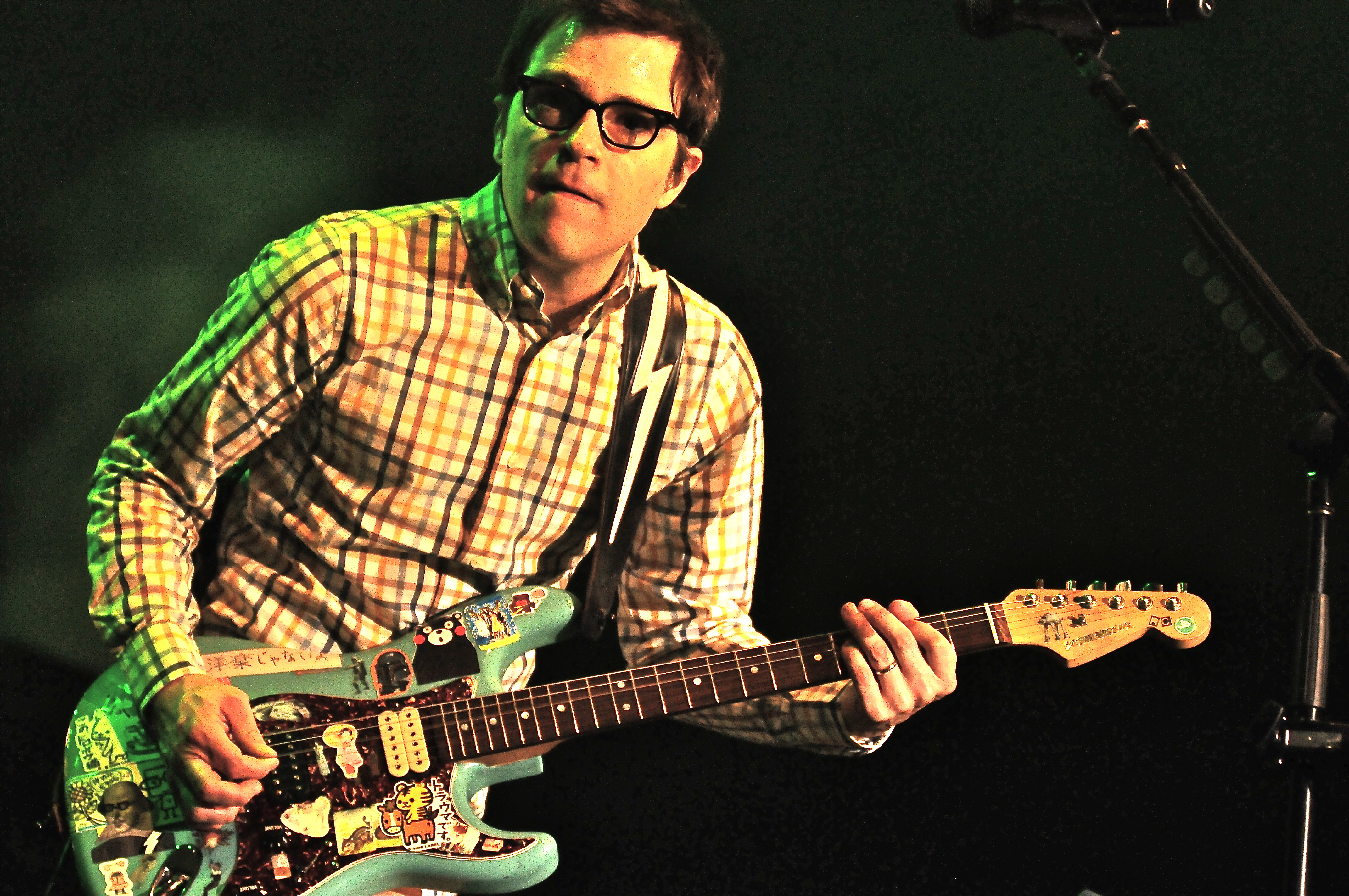 Weezer Turns Up The Heat In Rochester Rock Show Critique