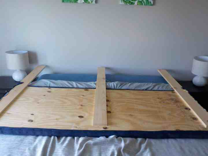 how to make a plywood headboard