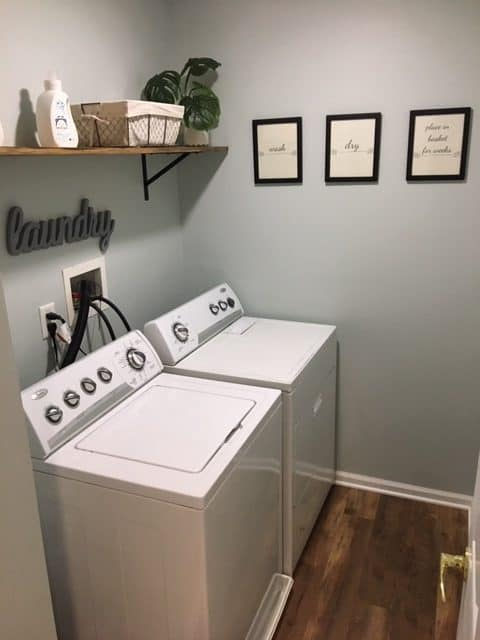 laundry room decor ideas, farmhouse laundry room