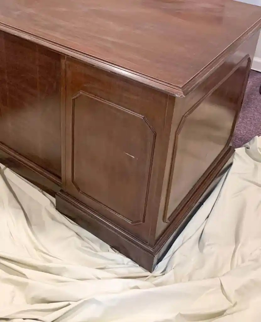 how to sand cabinets