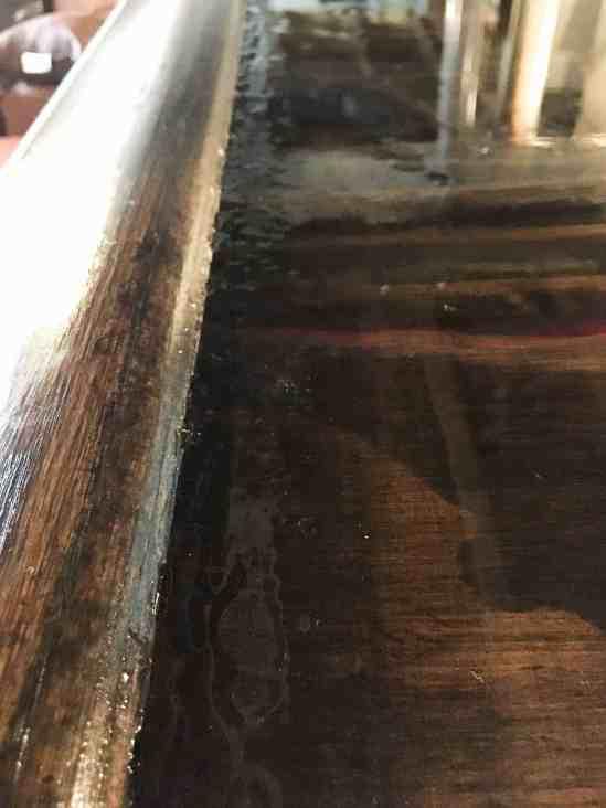 remove bubbles from epoxy, diy bar