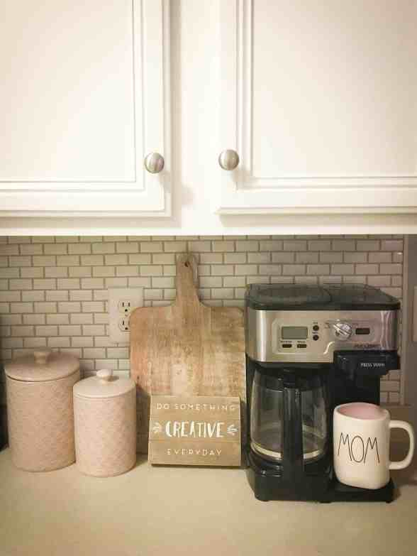 painted white cabinets, how to paint cabinets with rustoleum, how to paint laminate cabinets, how to paint kitchen cabinets white