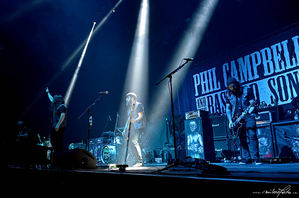 Phil Campbell and the Bastard Sons_2019_O2_Arena_Praha