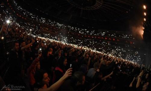 Fans Sabaton, Apocalyptica, Amaranthe, O2 arena Praha
