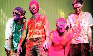 """Вижте новото видео на Red Hot Chili Peppers - """"Sick Love"""""""