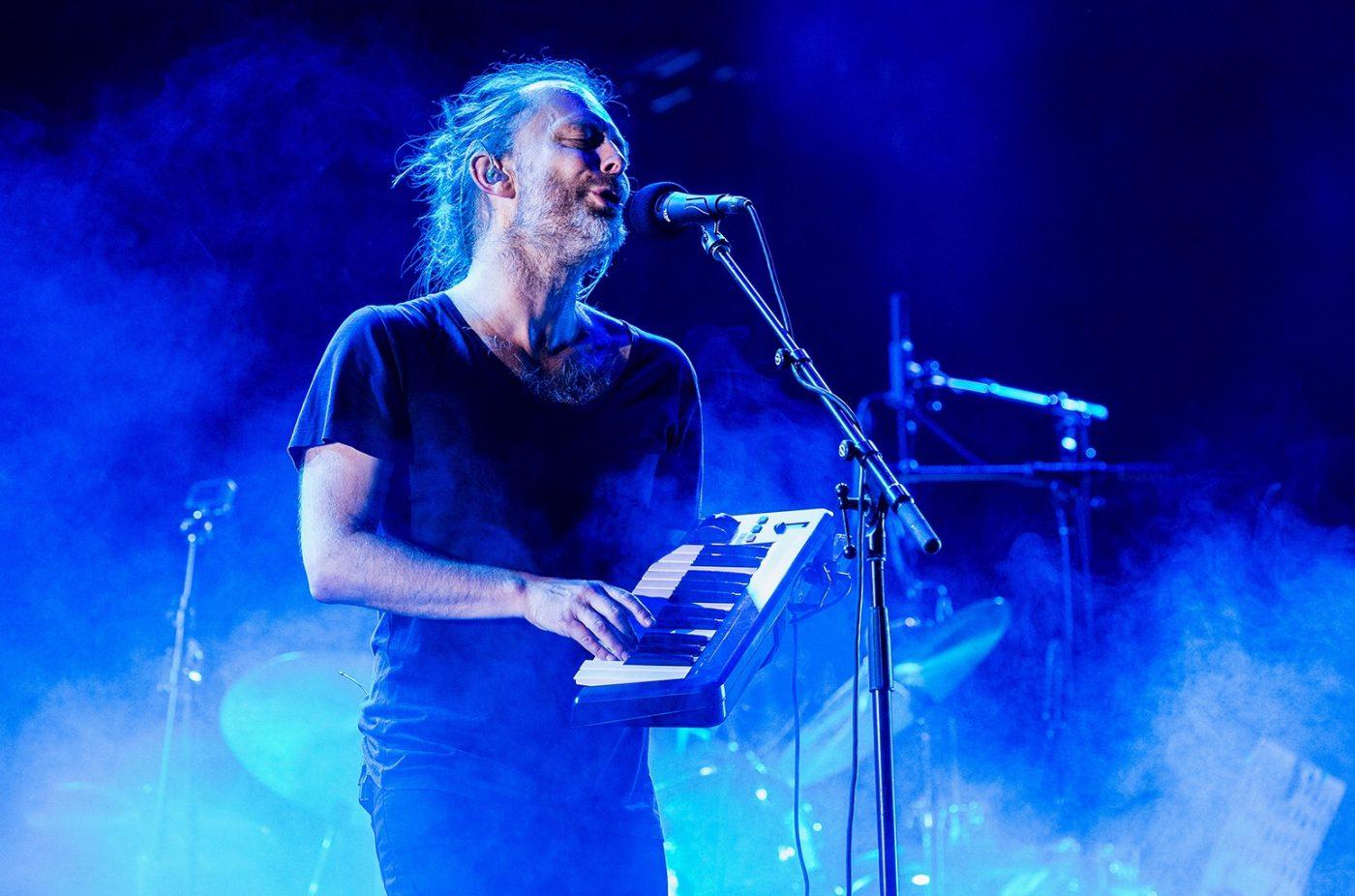 "Thom York представи нова песен с басиста на RHCP, слушайте ""Daily Battles"""