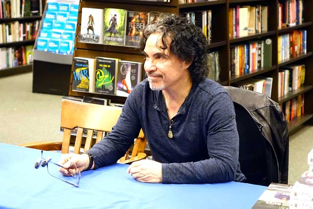 JohnOates13