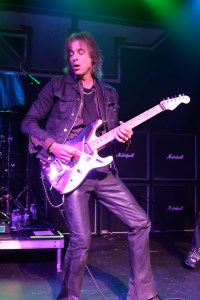 Warren DeMartini - Photo by Thomas Collins
