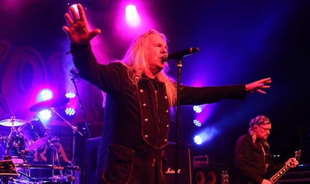 SAXON is back with a Thunderbolt