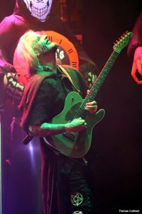 John 5 with Goldie - Photo by Tom Collins