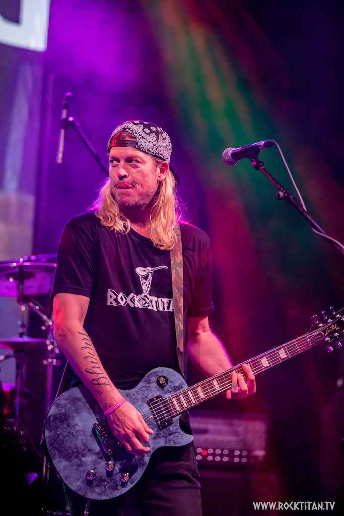 Puddle of Mudd's Wes Scantlin has Come Clean and is under