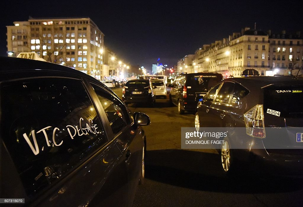 Le Meilleur French Taxis Drivers Continue To Demonstrate Against Uber Ce Mois Ci