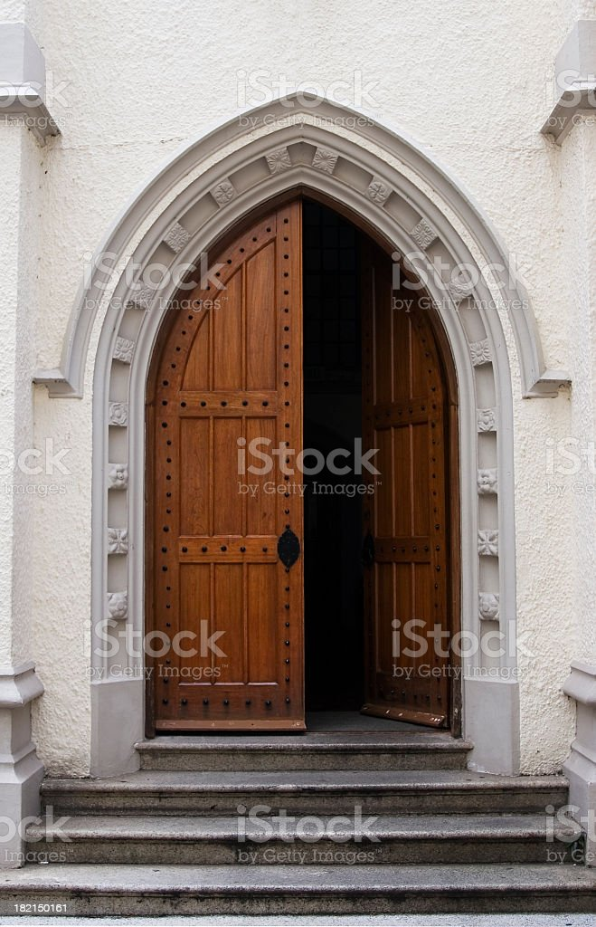 Le Meilleur Church Doors Pictures Images And Stock Photos Istock Ce Mois Ci