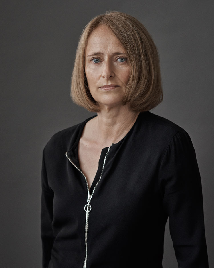 Le Meilleur Mr Porter Buying Director Fiona Firth Talks Shopping And Ce Mois Ci