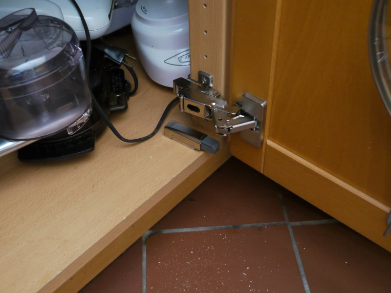 Le Meilleur Ben Krasnow Retrofitting Ikea Cabinet Door Dampers To Old Ce Mois Ci