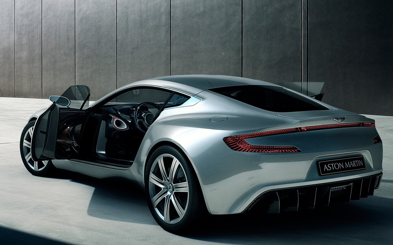 Le Meilleur Video Find Aston Martin Takes One 77 Out For A Spin In France Ce Mois Ci
