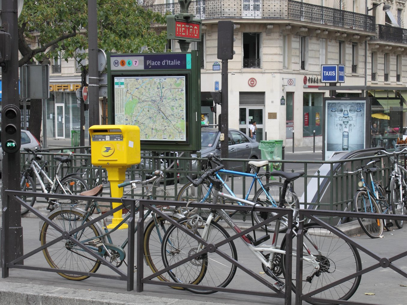 Le Meilleur France Travel Ideas The Paris Metro Ce Mois Ci