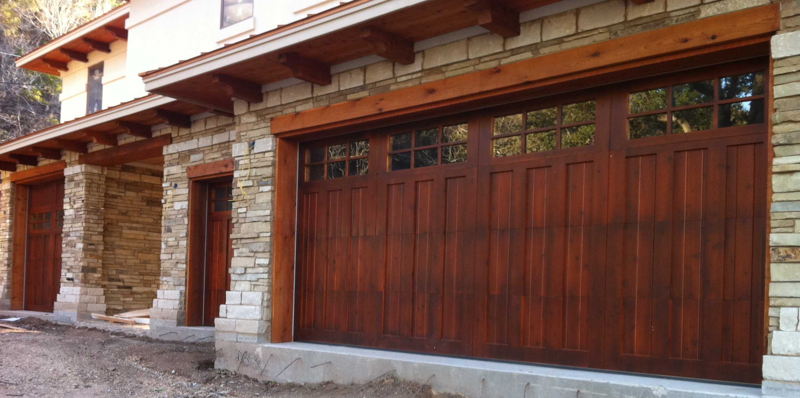 Le Meilleur Wood Garage Doors Repair And Install Toronto And Gta Ce Mois Ci