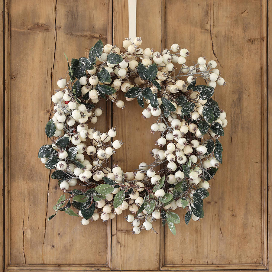 Le Meilleur White Snowberry Christmas Wreath By Ella James Ce Mois Ci