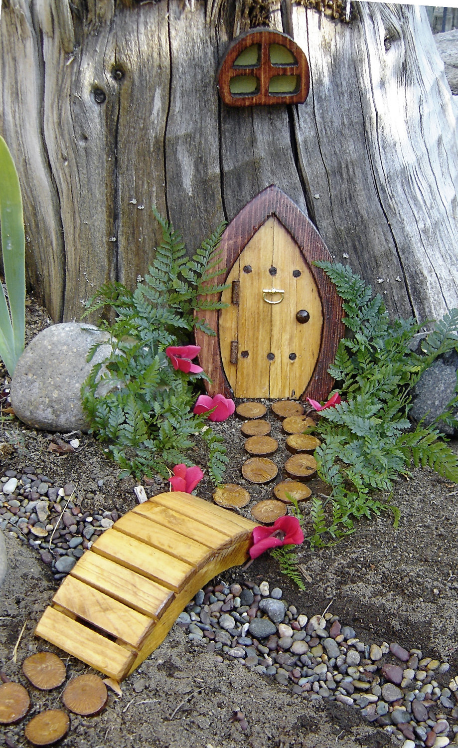 Le Meilleur Fab Fairy Doors In All Kinds Of Places Homejelly Ce Mois Ci